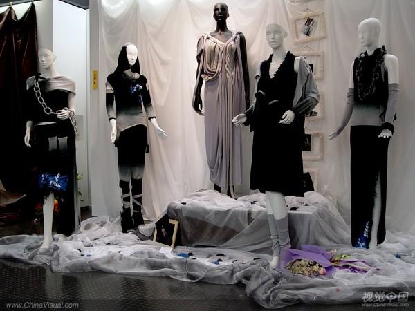 天津美院07毕业设计展之服装设计展示