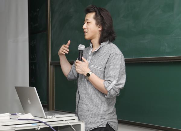 国内ps第一人李涛受邀走进人民大学举办讲座